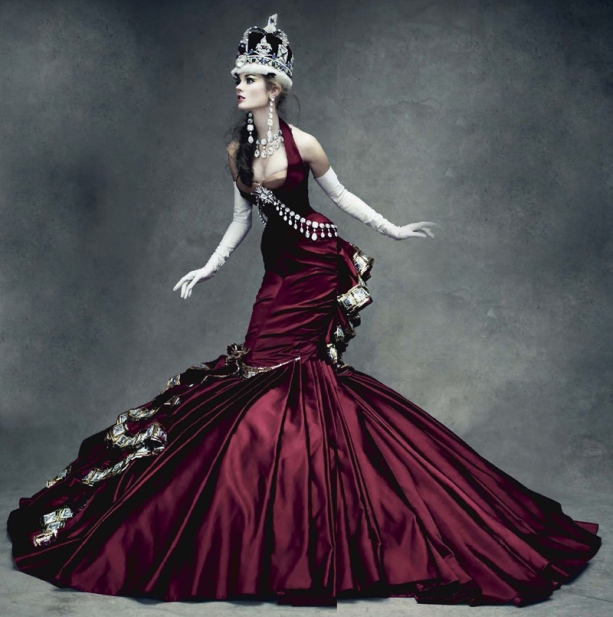 the red queen_alice_in_the_wonderland