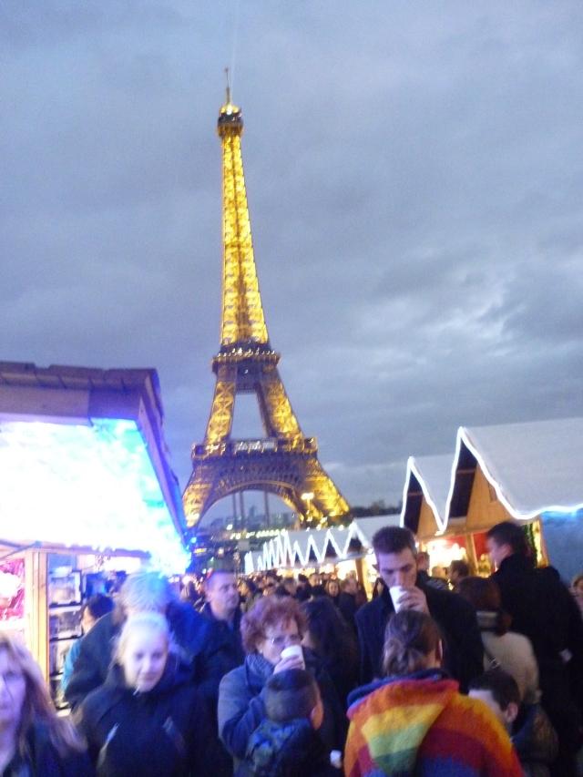 Le Tour Eiffel Paris by night